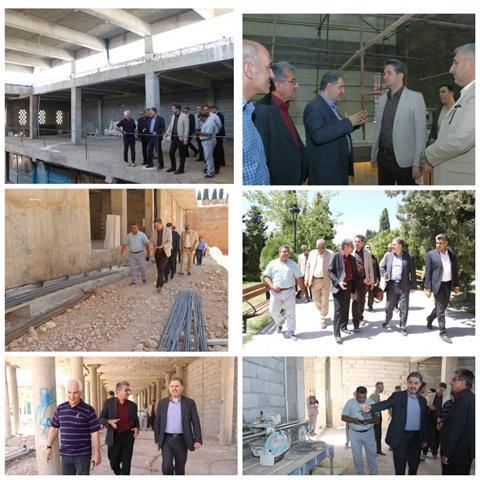 بازدید معاون سرمایه گذاری وزارت میراث فرهنگی و نماینده شیراز از پروژه های در حال احداث در مرکز فرهنگی سعدی