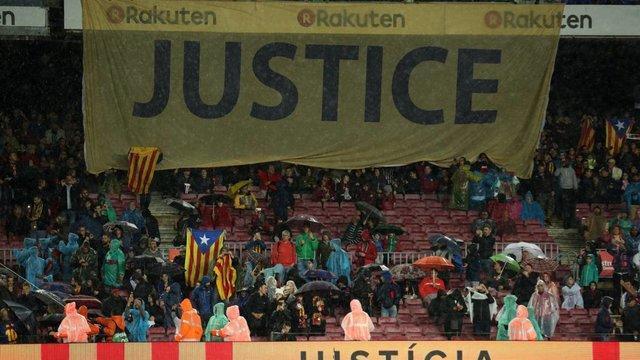 باشگاه بارسلونا 300 یورو جریمه شد
